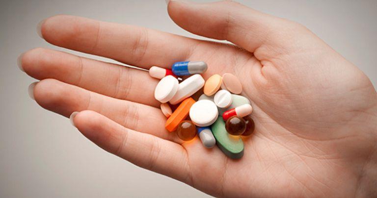 Sử dụng thuốc trị chàm vi khuẩn