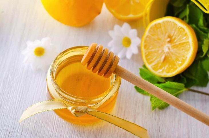 Dùng mặt nạ mật ong chữa chàm da mặt: