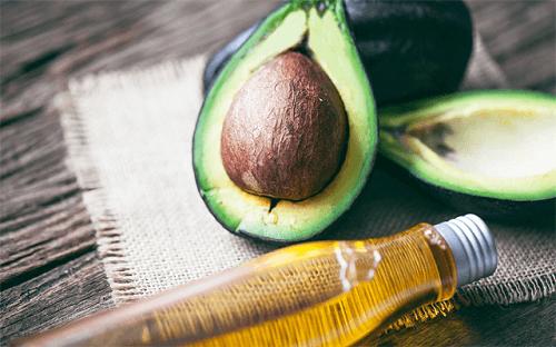 Cách điều trị chàm bằng dầu dừa và bơ