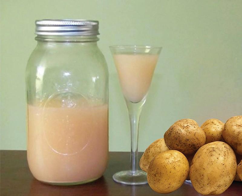 Trị bệnh chàm bằng nước ép khoai tây