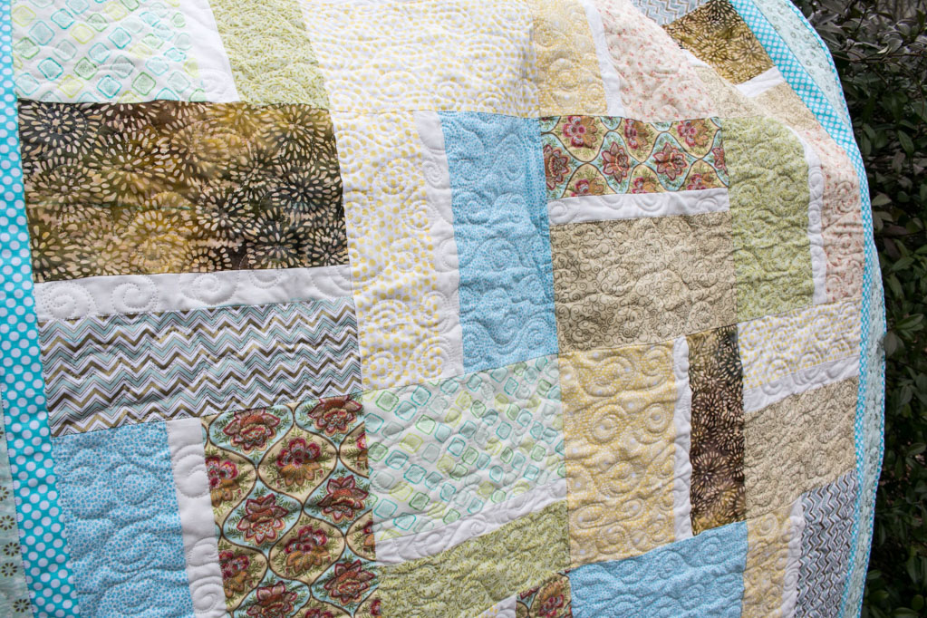 detailed long arm quilt design