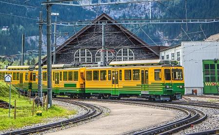 Train Swiss Alps