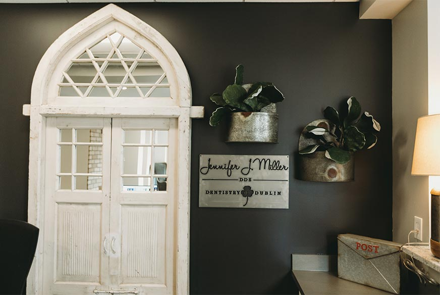 Photo of the entrance to Jennifer Miller Dentistry