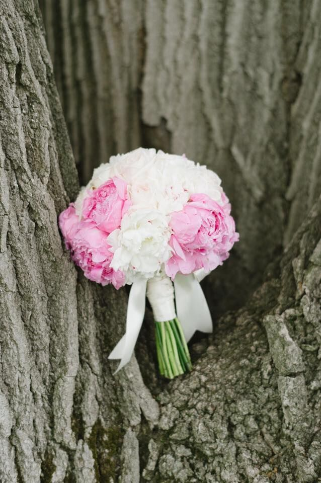The Unstructured Hand-Tied Bouquet