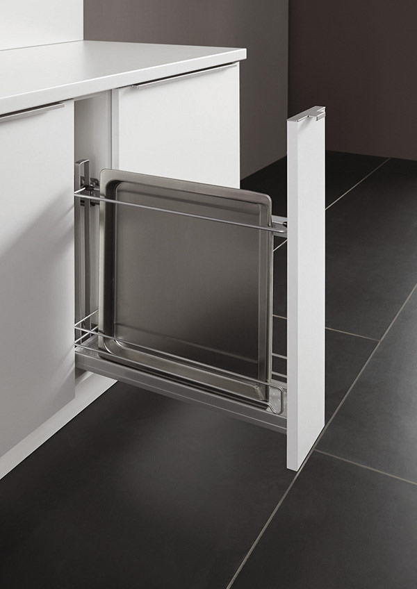 Pullout Base Unit for Baking Trays