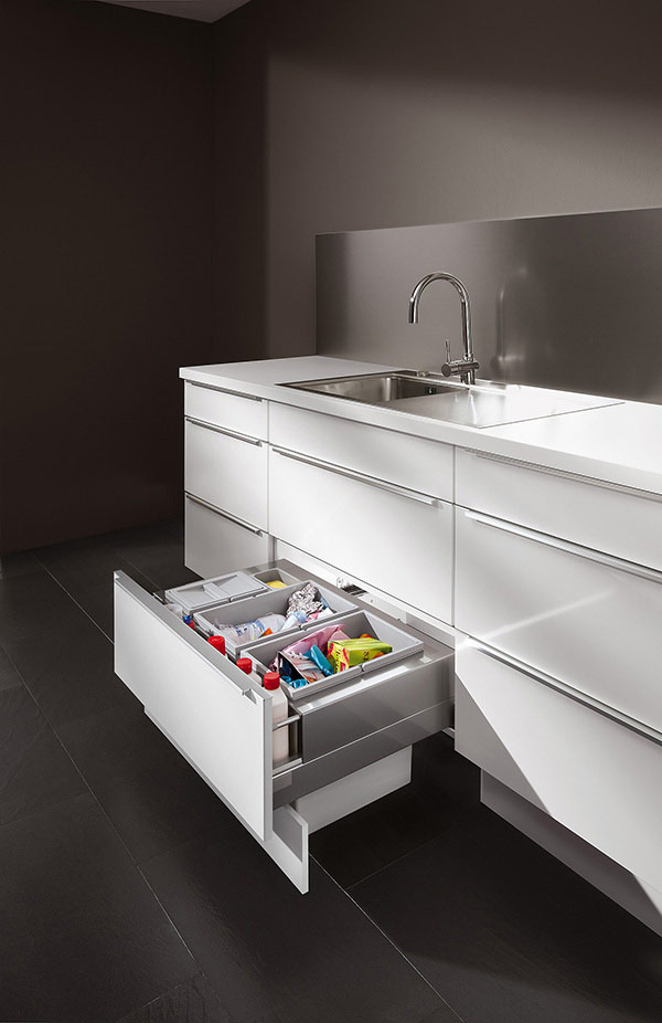 Pullout Base Unit for Sink with 3-Part Waste Sorting