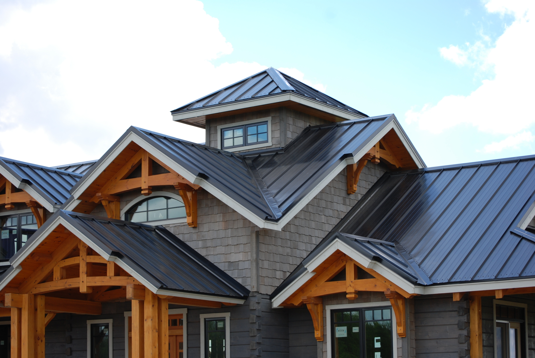 Pros and Cons of Metal Roofing - Discovery Dream Homes
