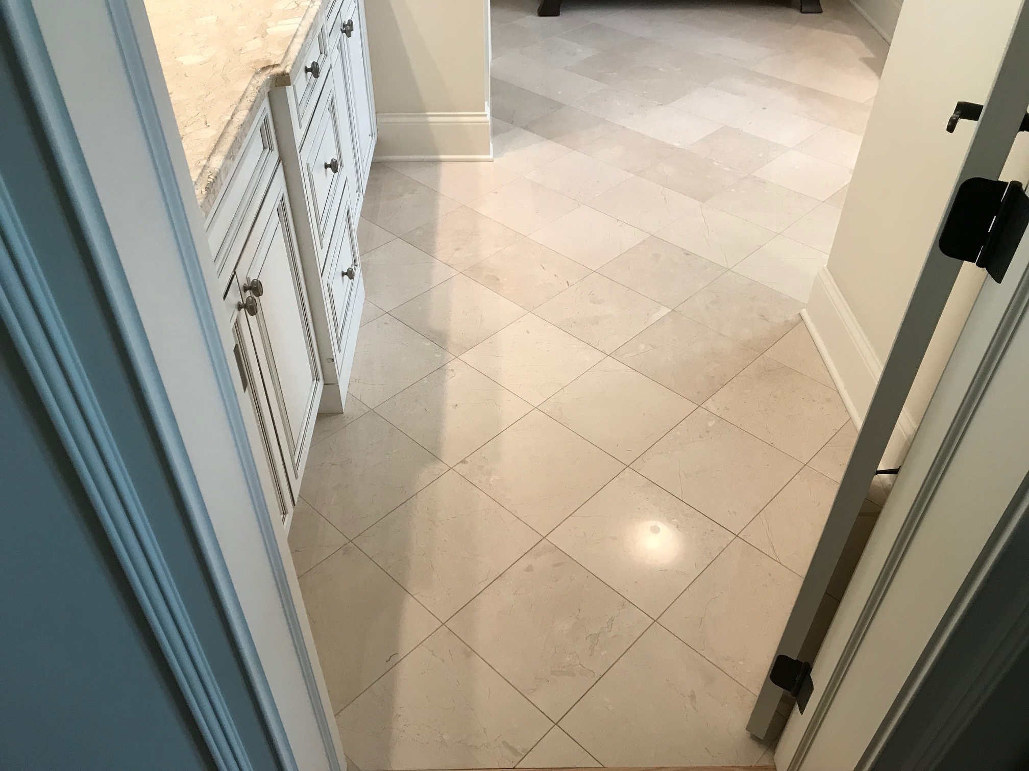 Northbrook Full Restoration to High Polish Clean and Seal Tile and Grout Before