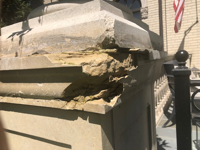 cast stone to be repaired