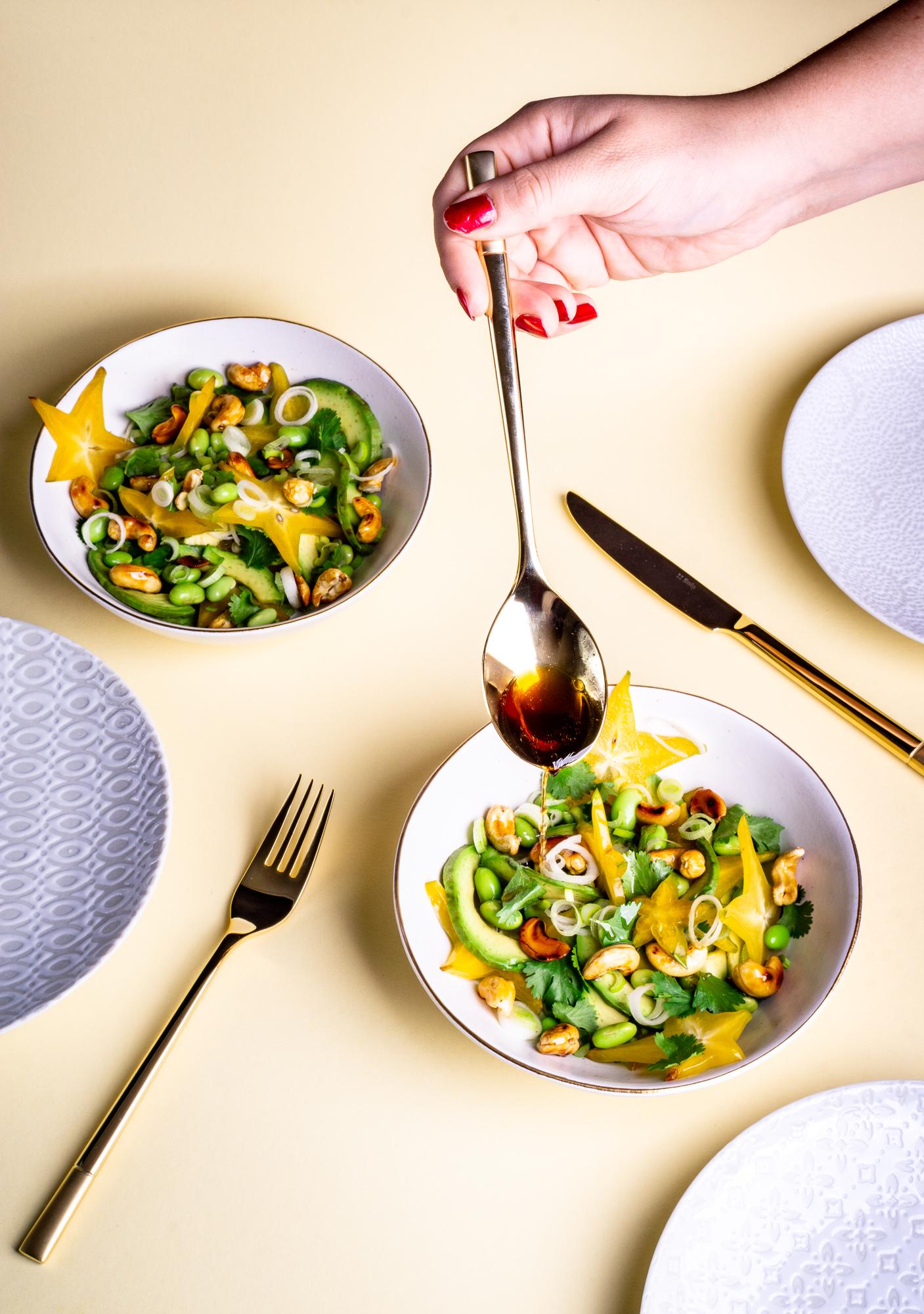 Sternfrucht-Avocado-Salat