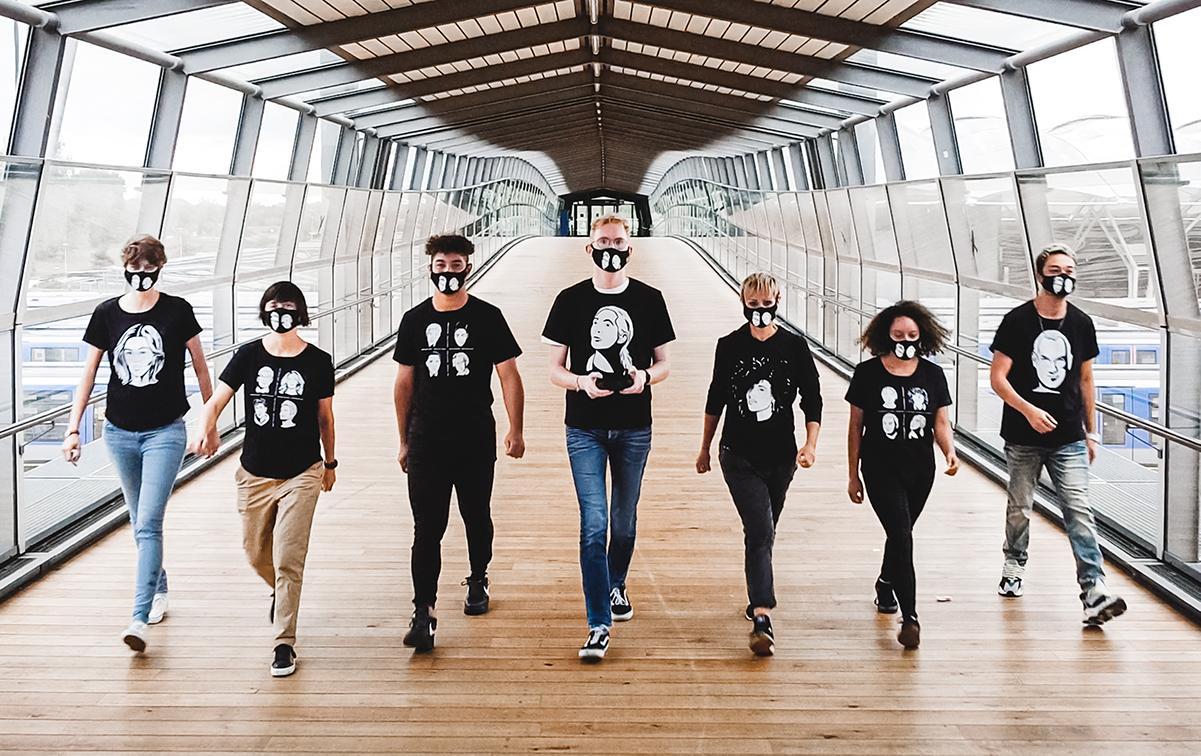 Menschen mit portrait52 T-Shirts
