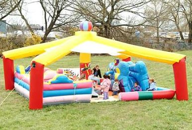 Great for toddlers, the Big Tops is full of activity and includes an elephant slide, ball pong, pin the tail on the donkey and individual bouncing areas. (21' long x 18' wide x 15' tall)