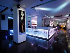 Decoración Interior Pub