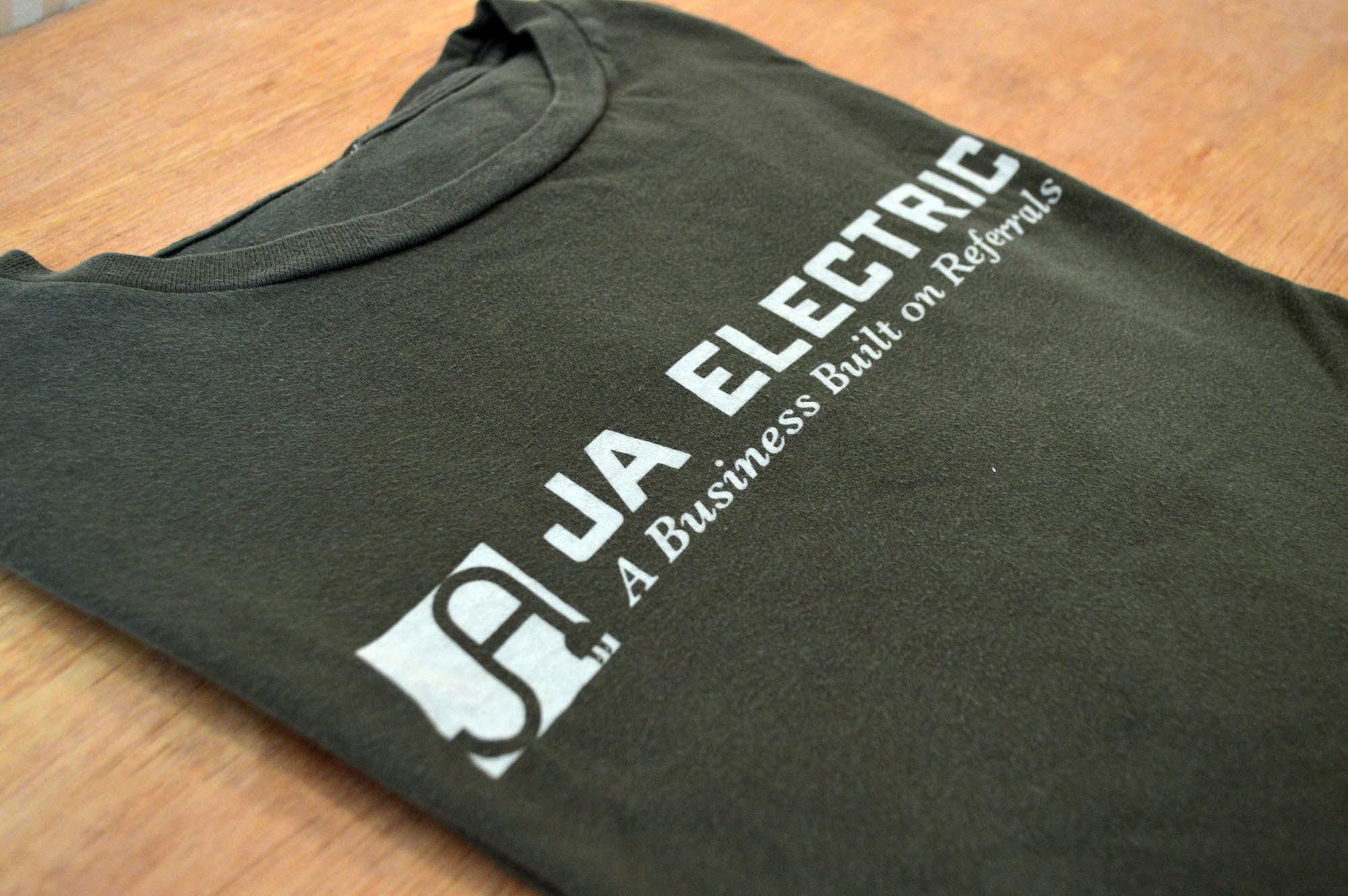 Older discharge print shirt