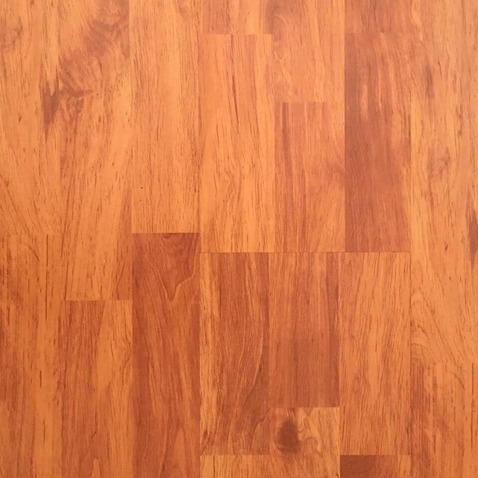 Luxflor 8mm Red Brown Alder Flooring