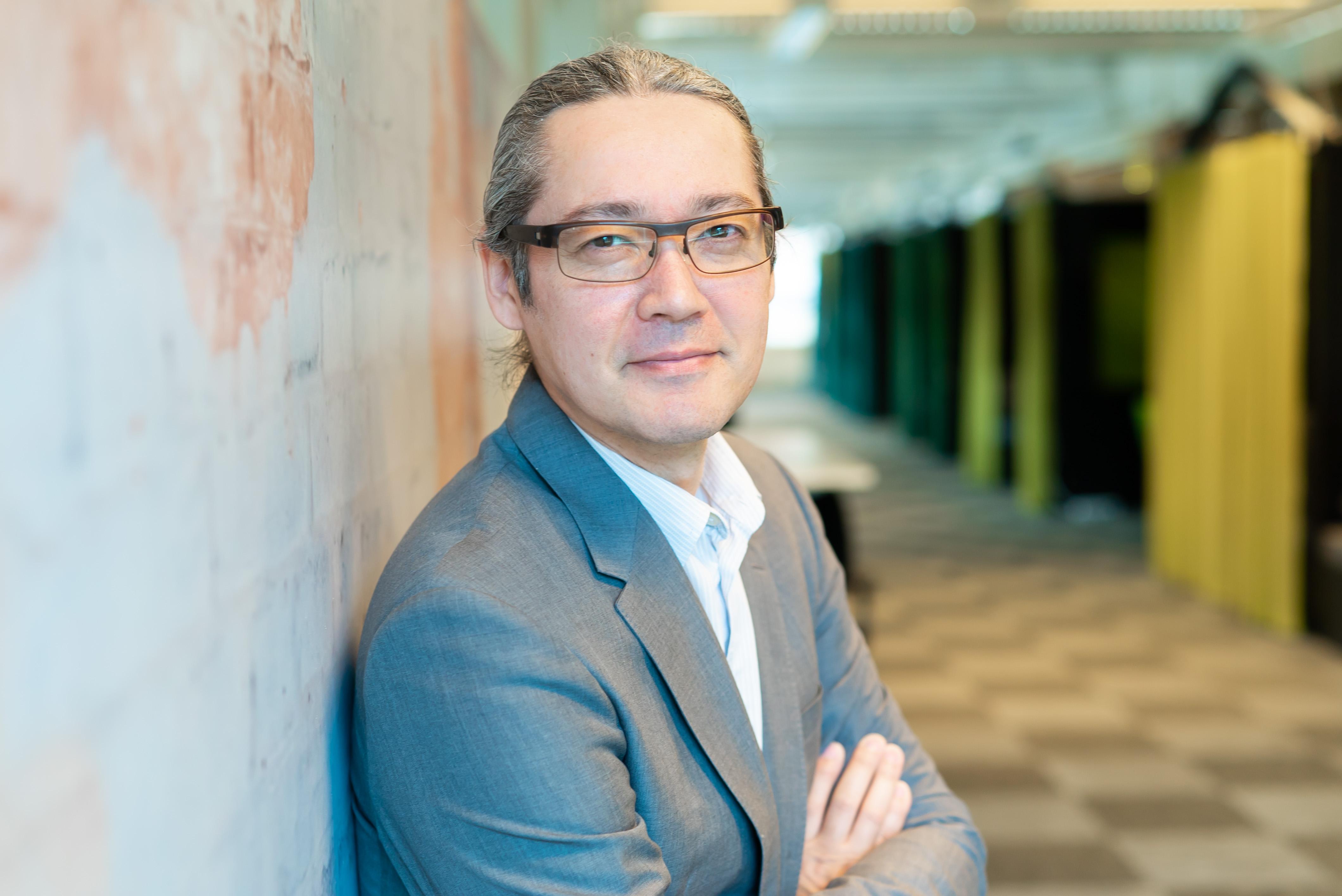Miten digitalisointi käytännössä tehdään? Kysyimme asiaa Stockmannin Omnicommerce-kehitysjohtajalta Antti Tanakalta.