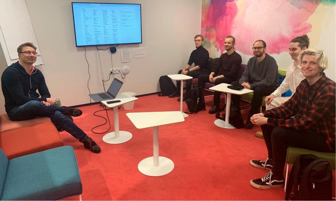 Skillwell tekee yhteistyötä Jyväskylän ammattikorkeakoulun kanssa ja opettaa tiedonnälkäisiä opiskelijoita.