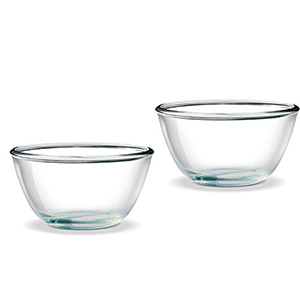 Microwaveable glass mixing bowl