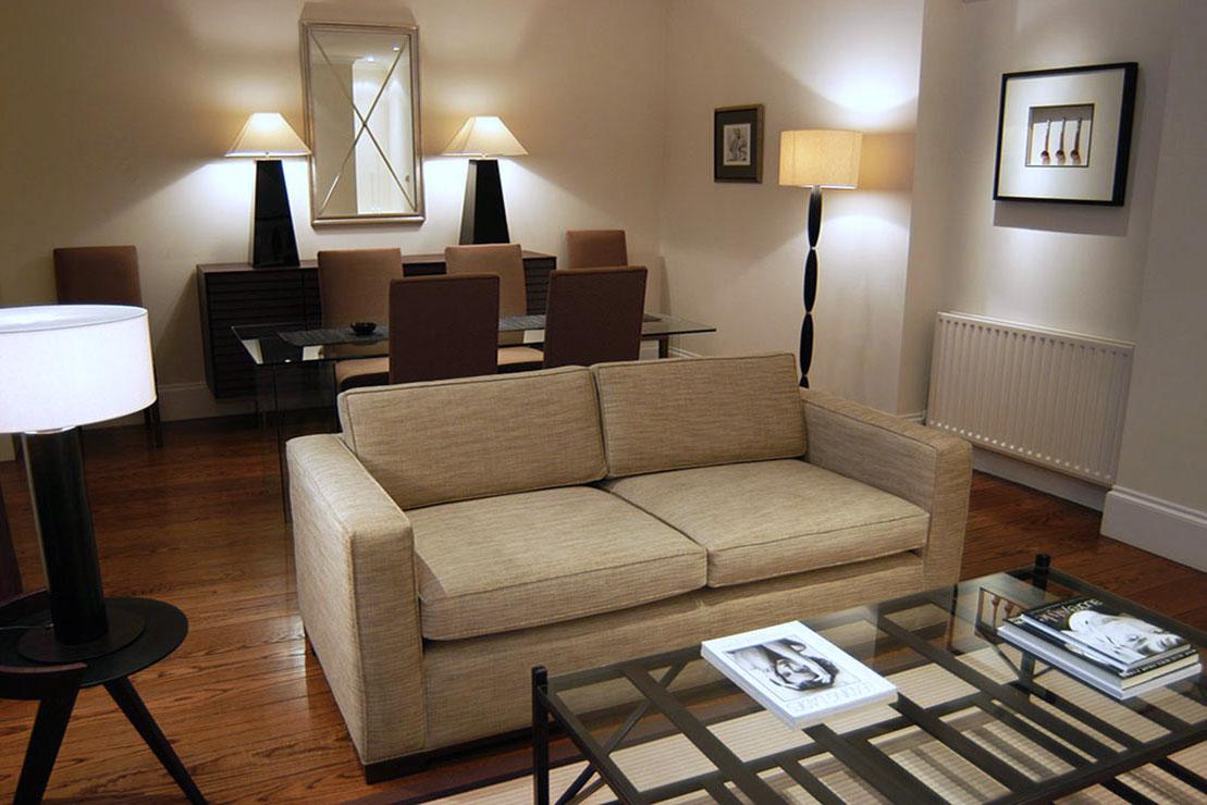 Classically lit Knightsbridge living room