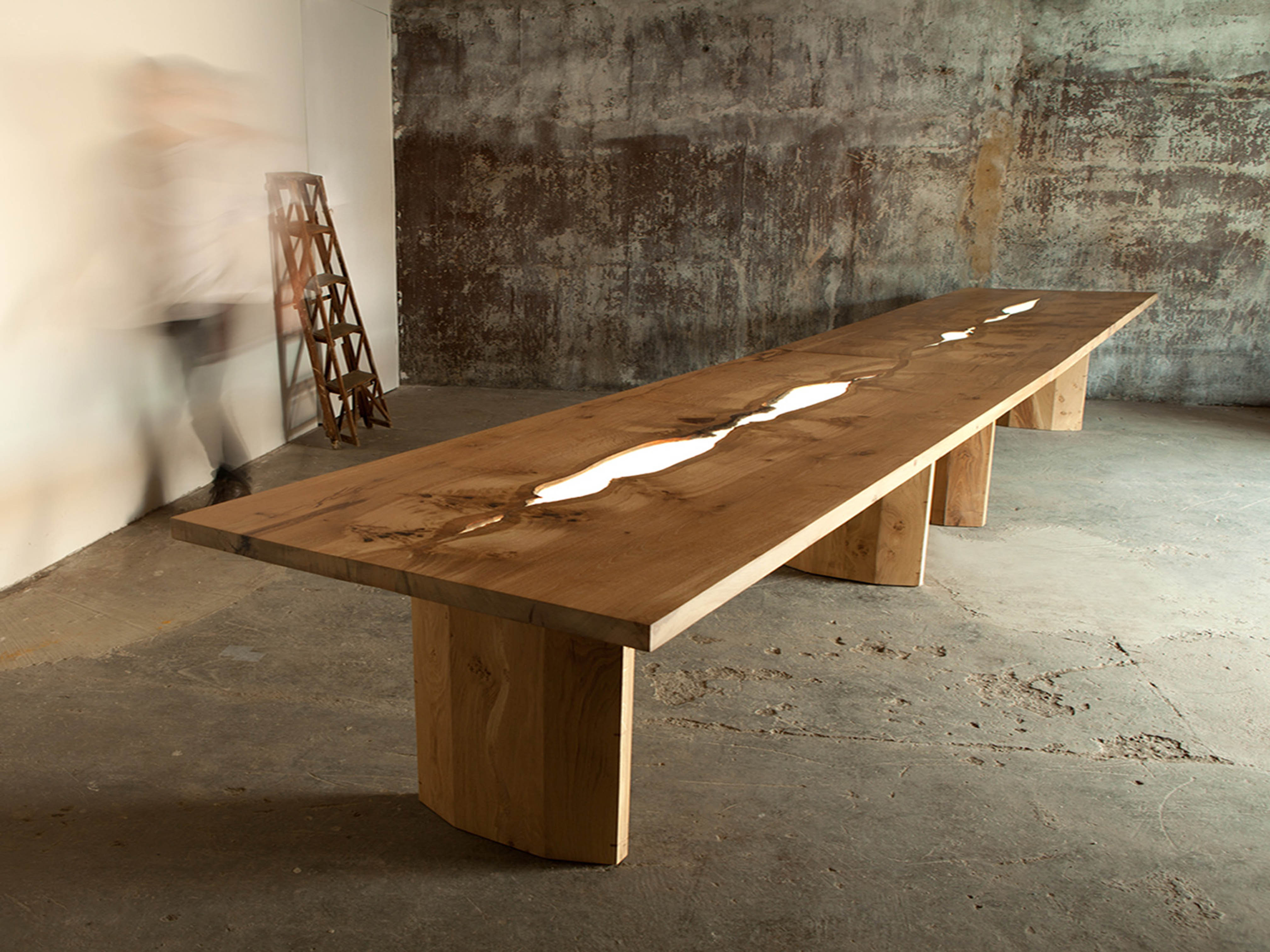 oak table with integral illuminated centrepiece