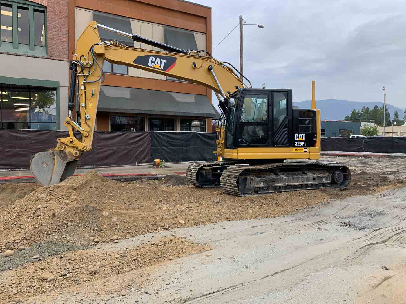 Picture of Sonray Enterprises Excavator at Construction Project