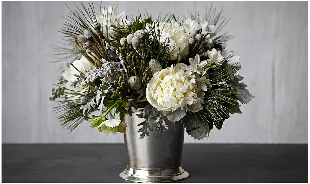 12-Christmas-Flower-Arrangement
