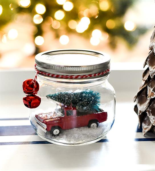 12-Christmas-Snow-Jars