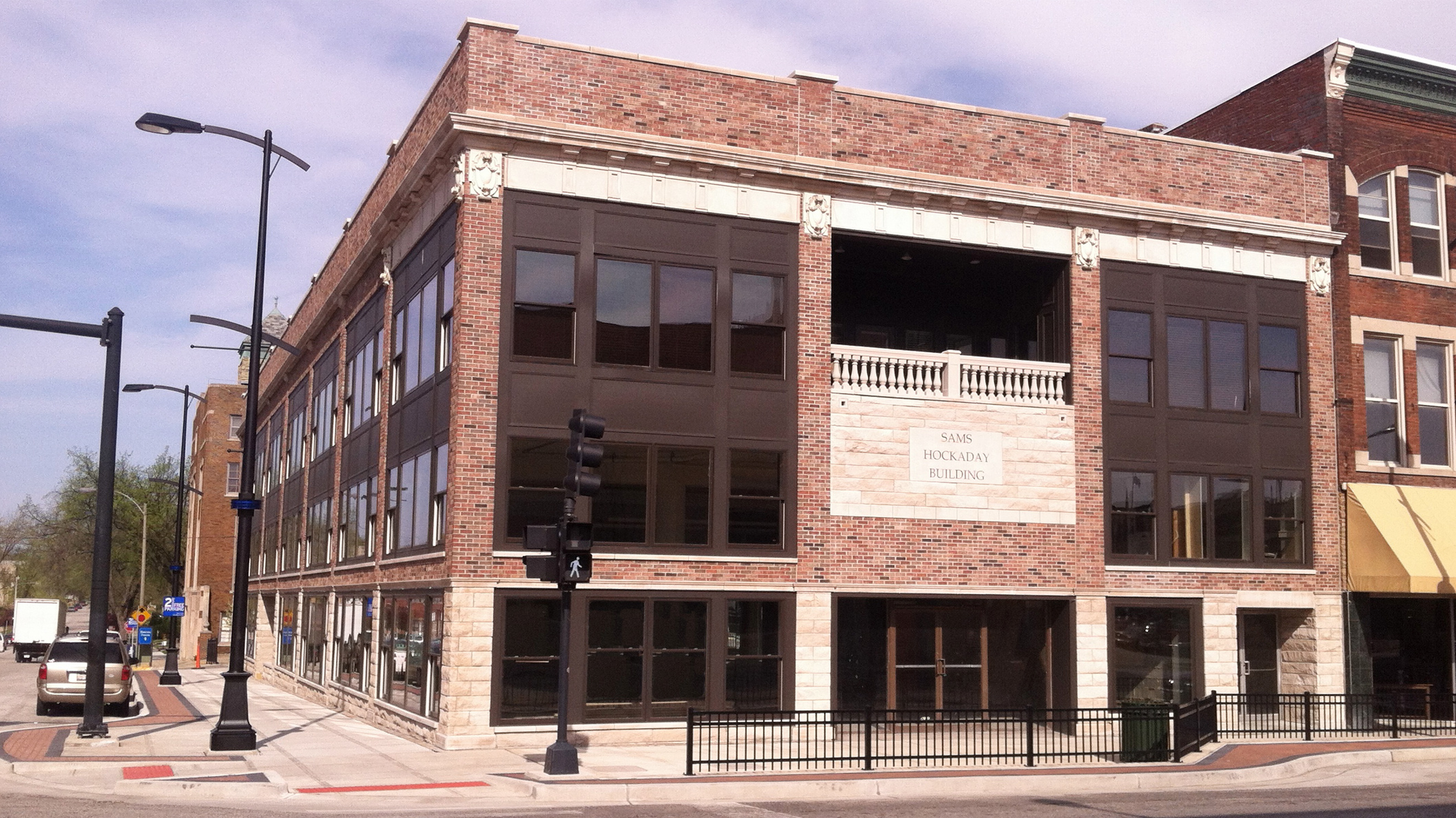Downtown building undergoes facelift