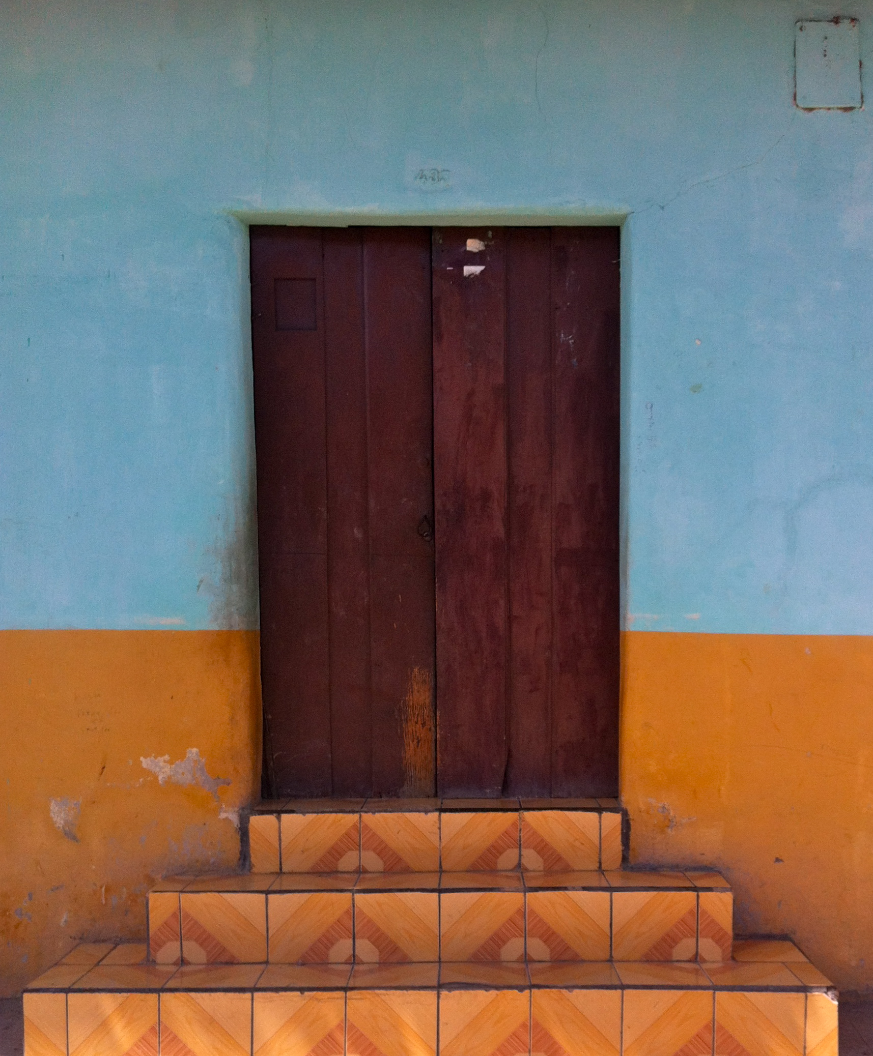 Doorway | Photo by Wilson Carletti (All Rights Reserved)