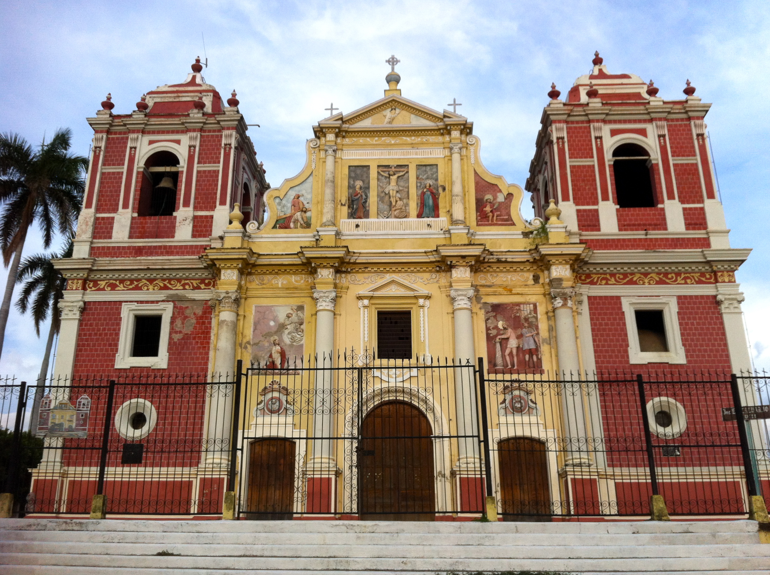Una Iglesia   Photo by Wilson Carletti (All Rights Reserved)