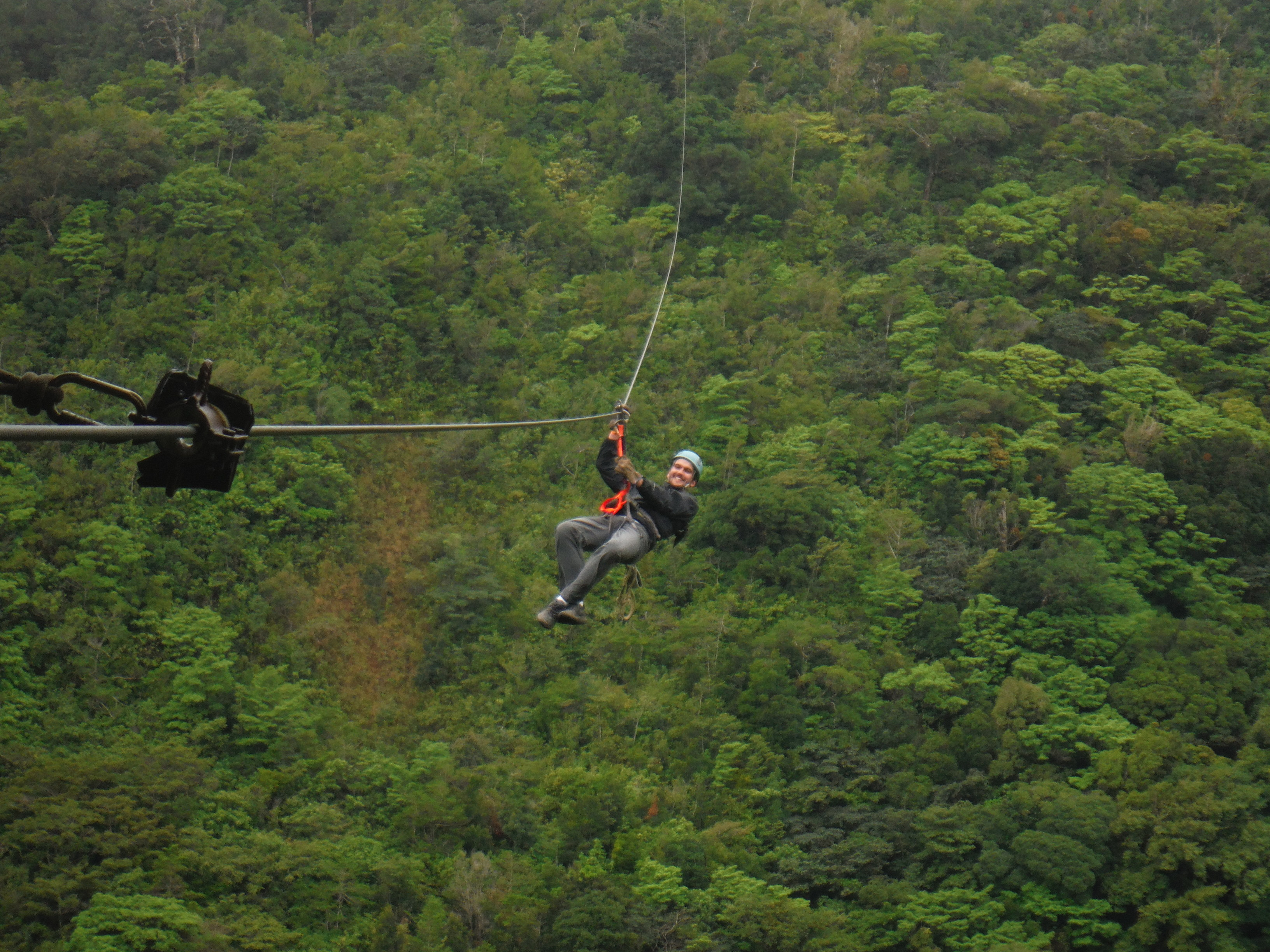 Monteverde Extremo zip line | Photo by Wilson Carletti (All Rights Reserved)