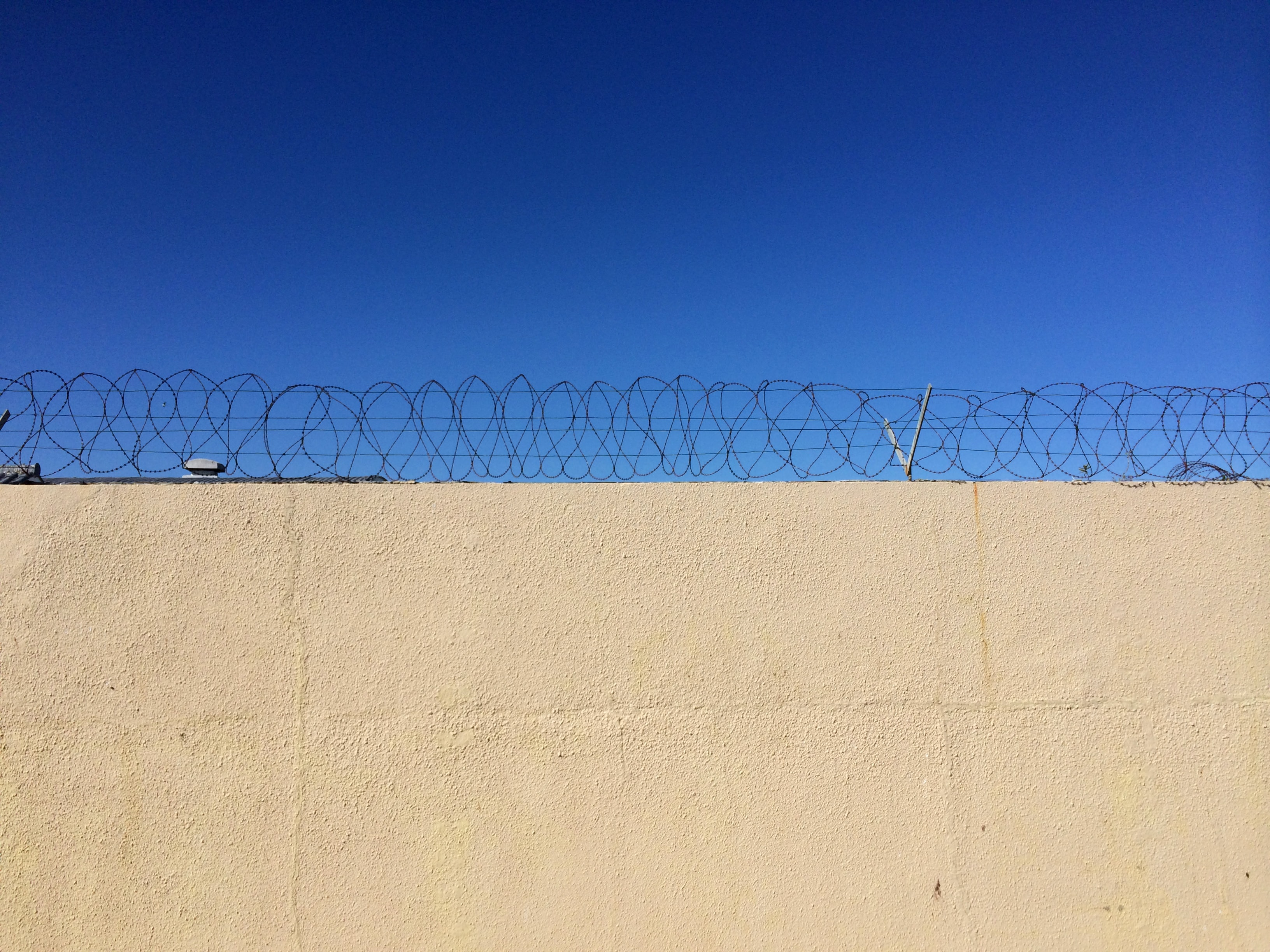 Walls of Robben Island   Photo by Wilson Carletti (All Rights Reserved)