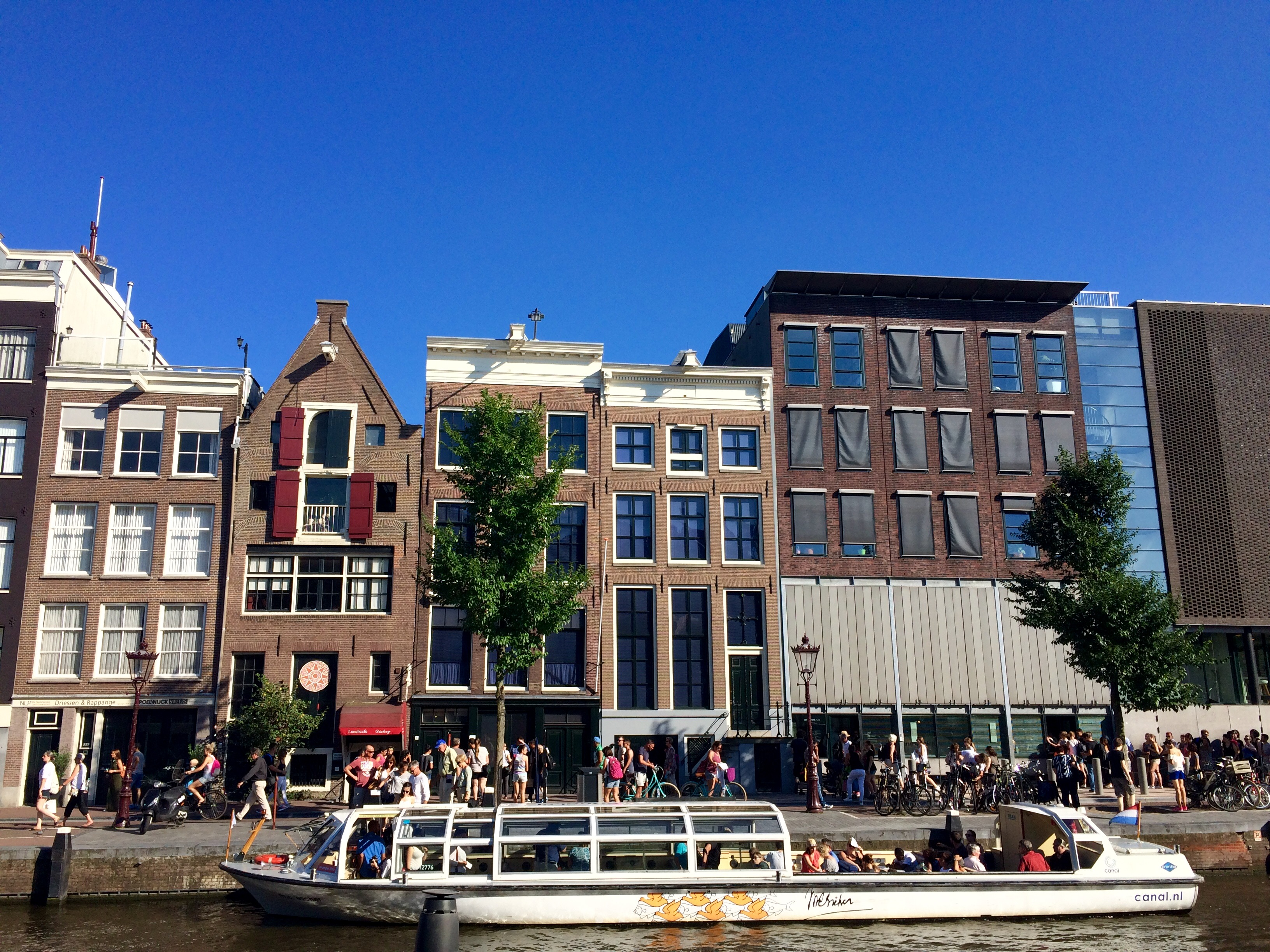 Anne Frank House | Photo by Wilson Carletti (All Rights Reserved)