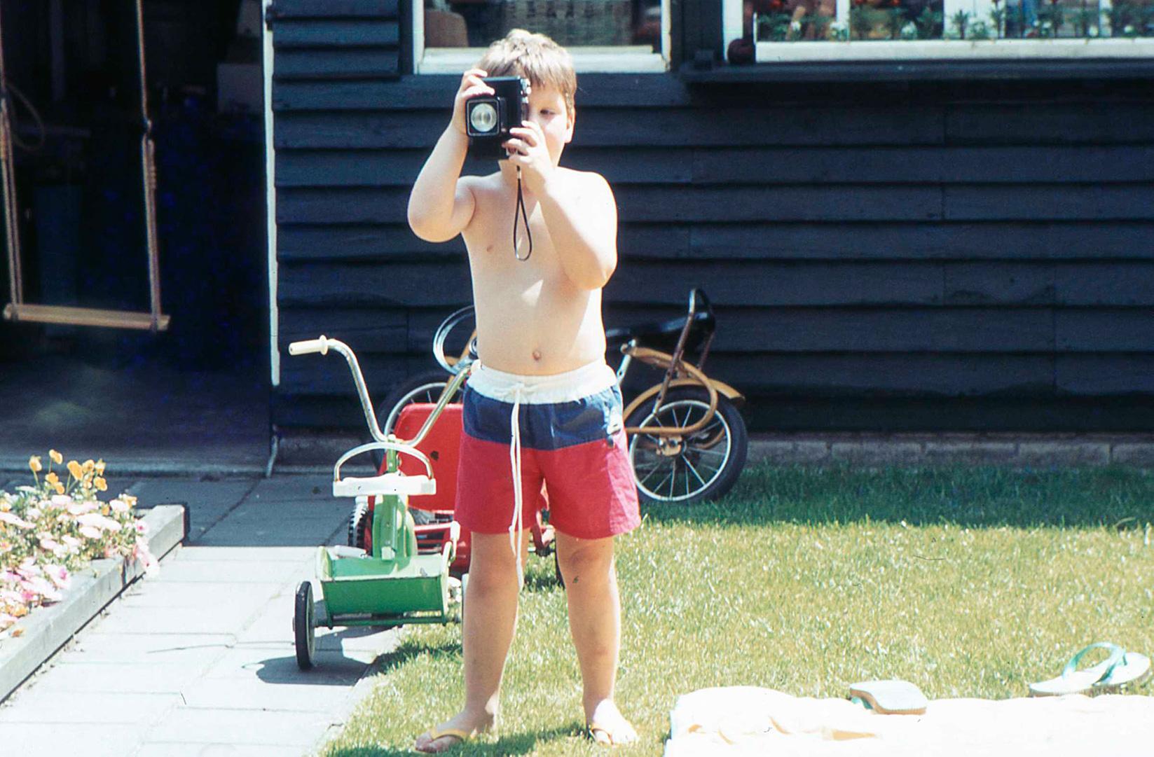 1984 Al op jonge leeftijd was ik geïntrigreerd door camera's