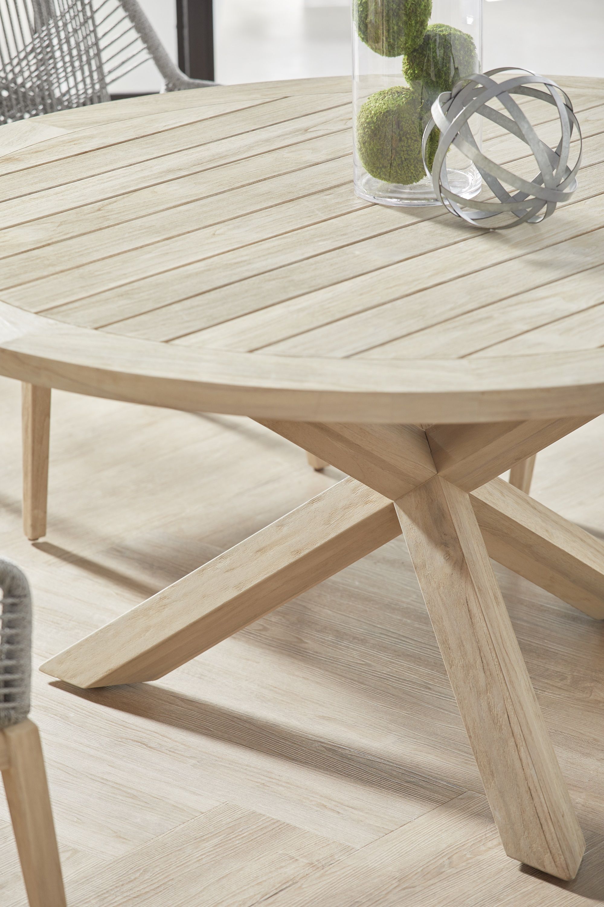 Boca Outdoor Round Dining Table