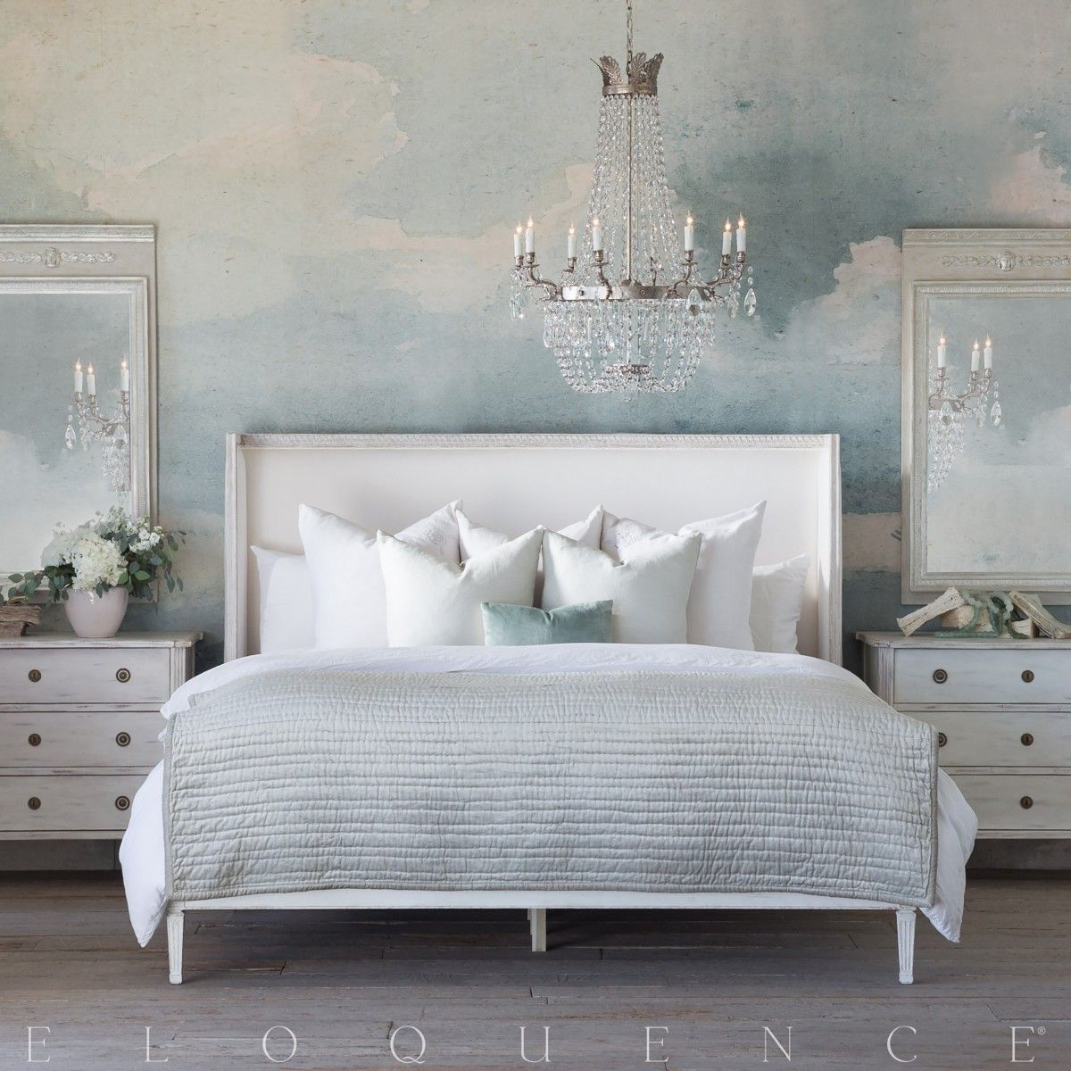 Cassia Bed in White Linen and Saltwater White Finish (Queen)