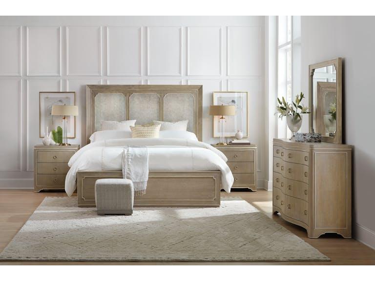 Modern Romance Panel Bed Wood (Queen)