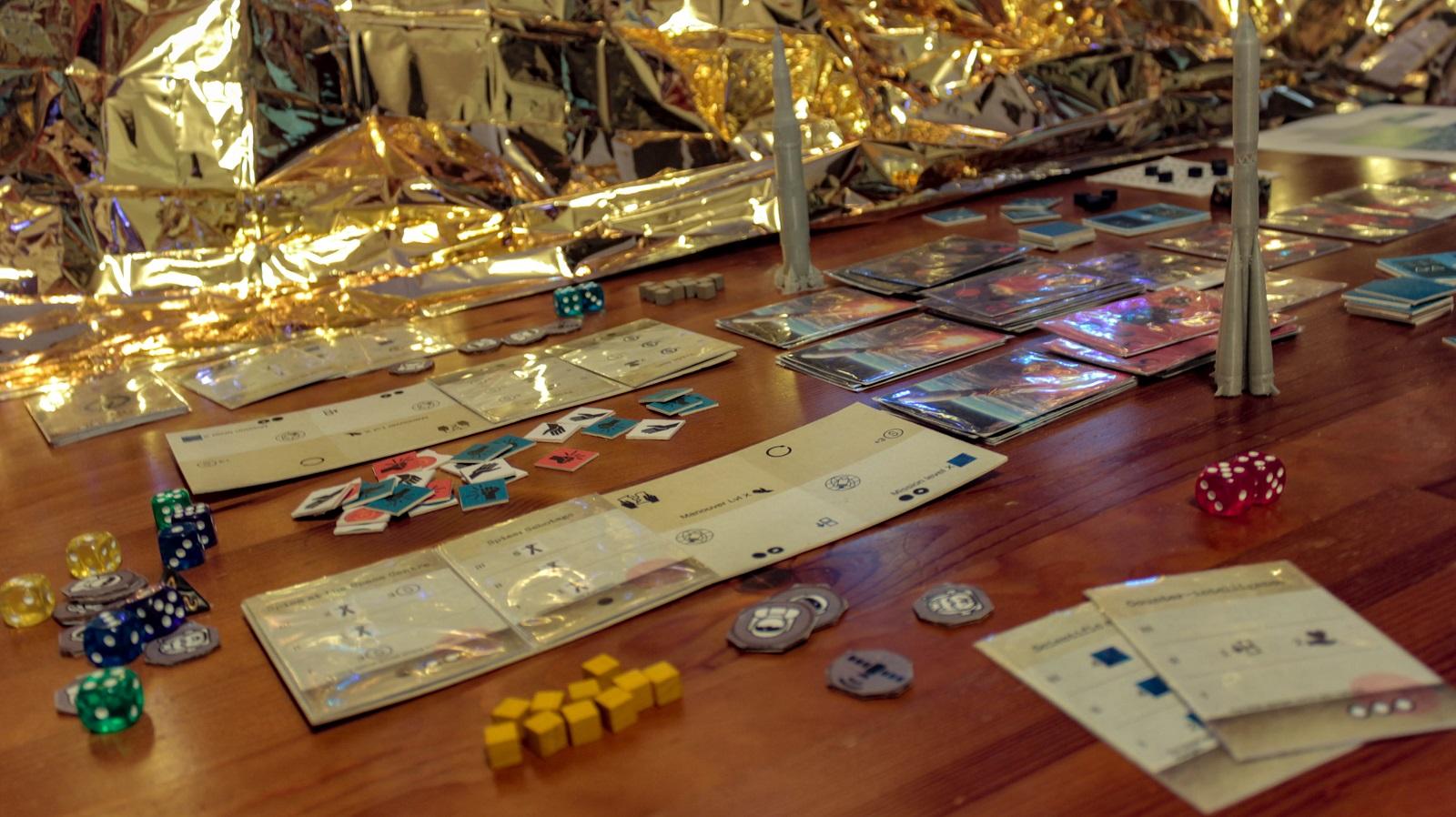 gameshuttlelabs, moonshot, rockets, tech tiles, board game,