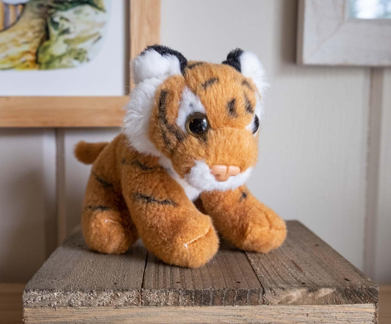 Small sitting orange tiger plush