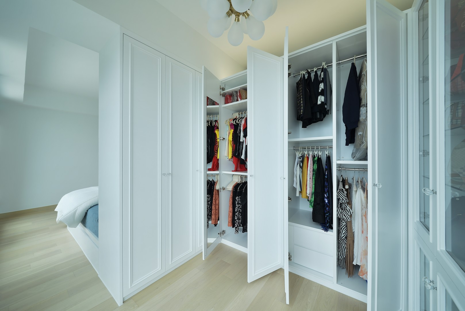 Inch Interior Design Hong Kong - The Capri 004