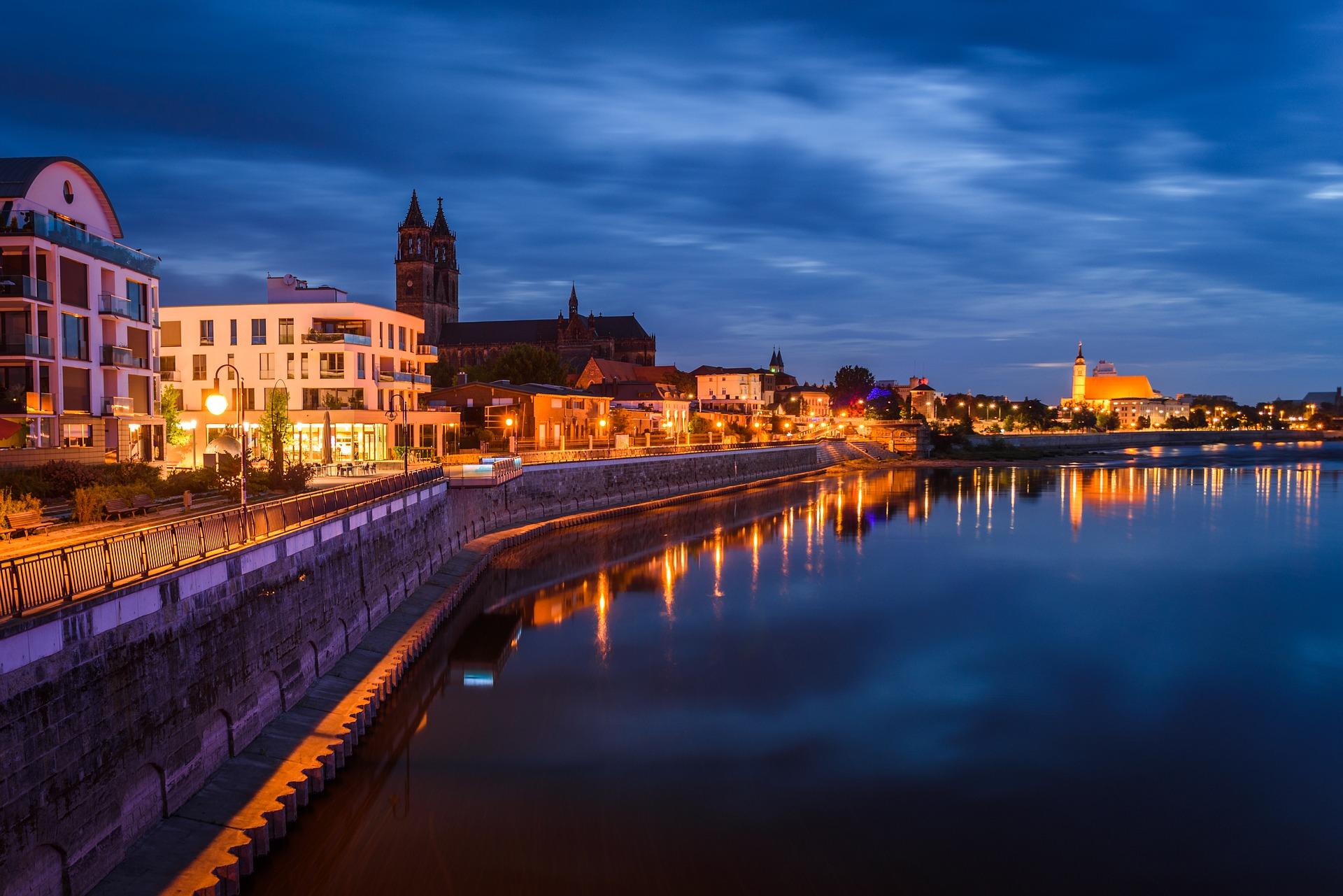 Panorama der Elbe in Magdeburg