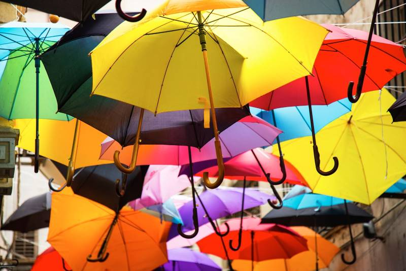 Best Retirement Plans: Colorful umbrellas