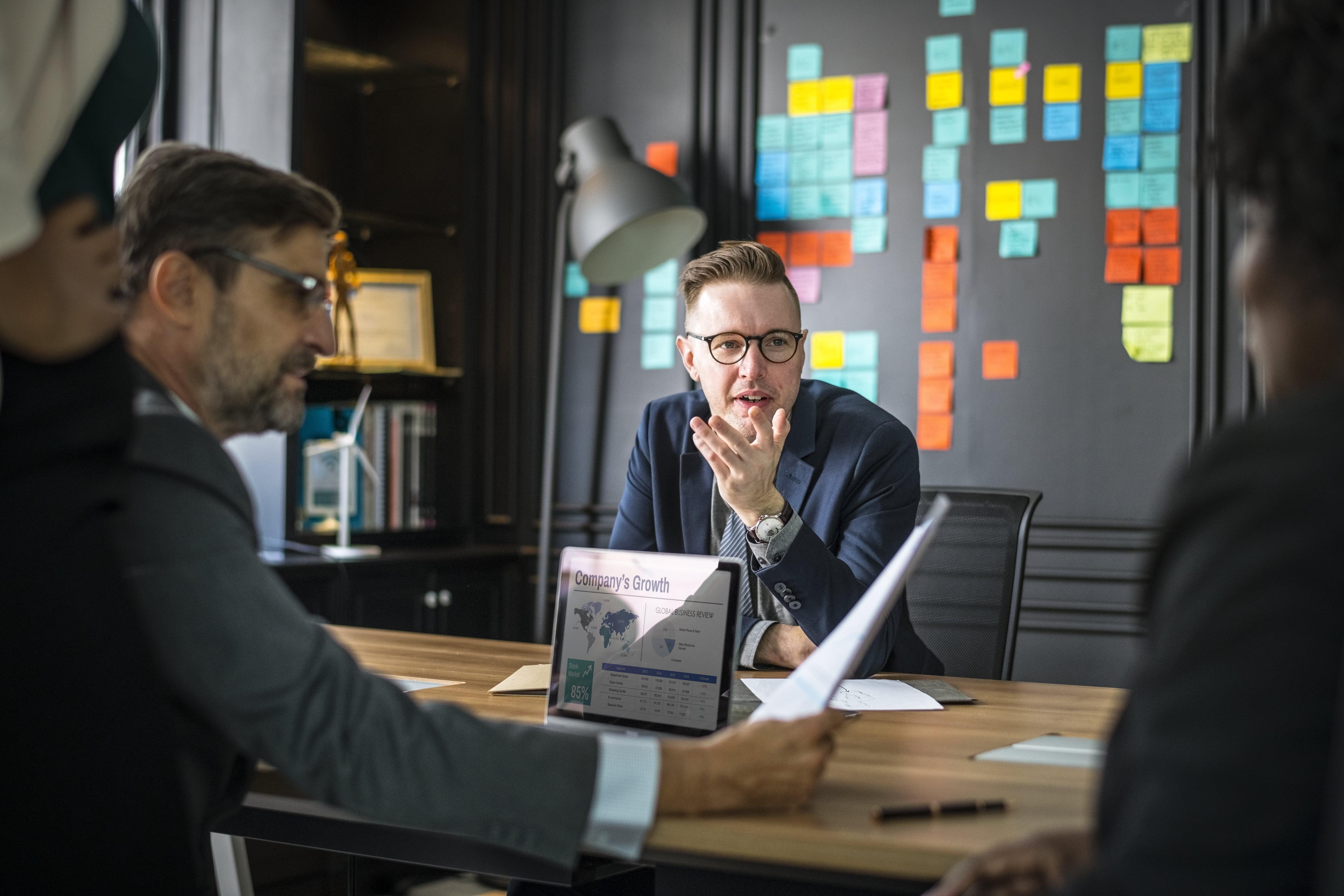 Análise SWOT: O que é, e como fazer uma para sua empresa