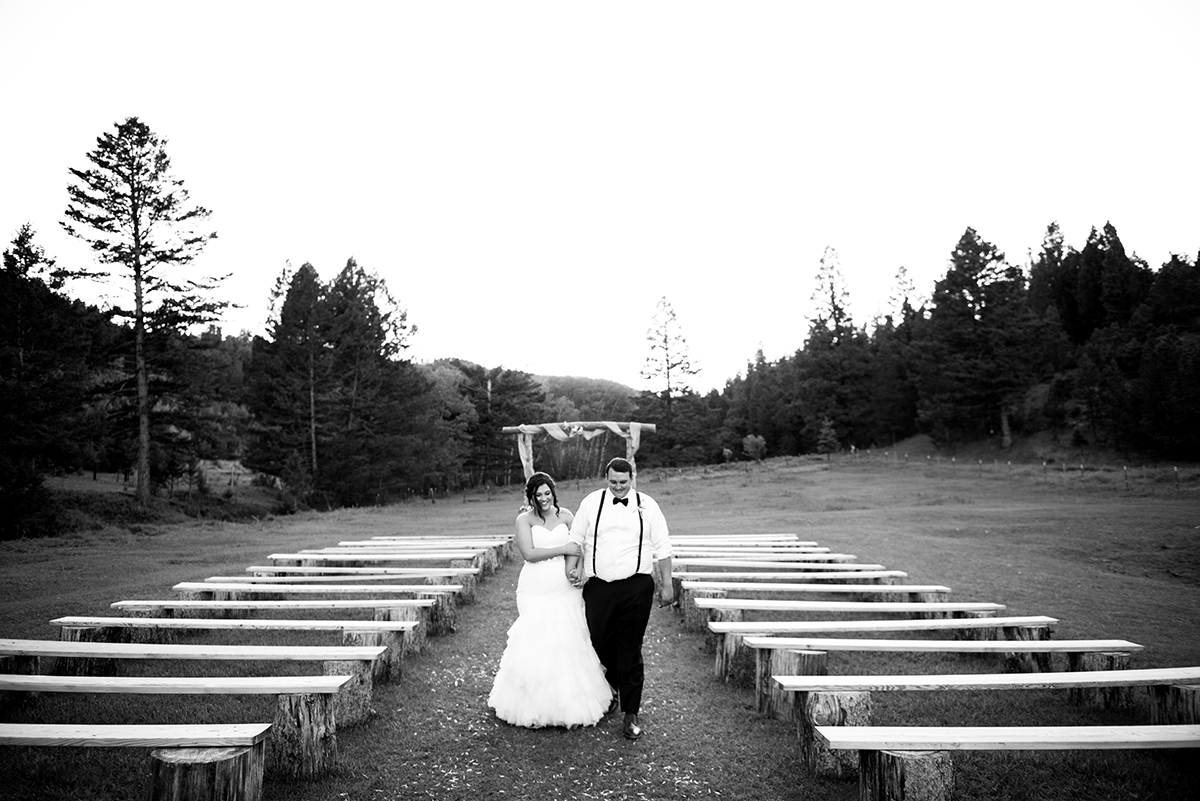 Cabin Creek Ranch wedding couples