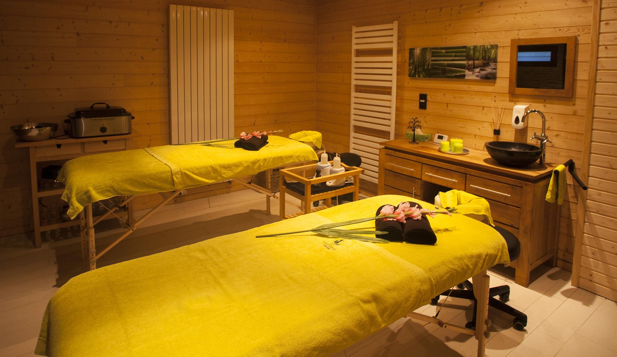In onze massageruimte laten wij al uw spanning en stress verdwijnen.