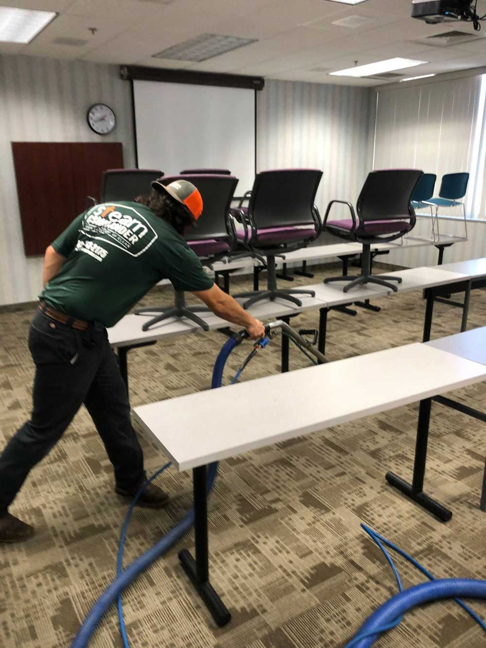 Commercial carpet cleaning in Brownwood, TX