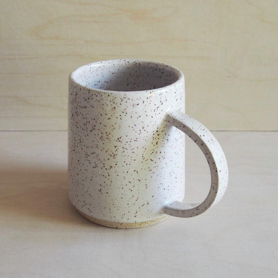 Big Halfmoon Mug in Eggshell
