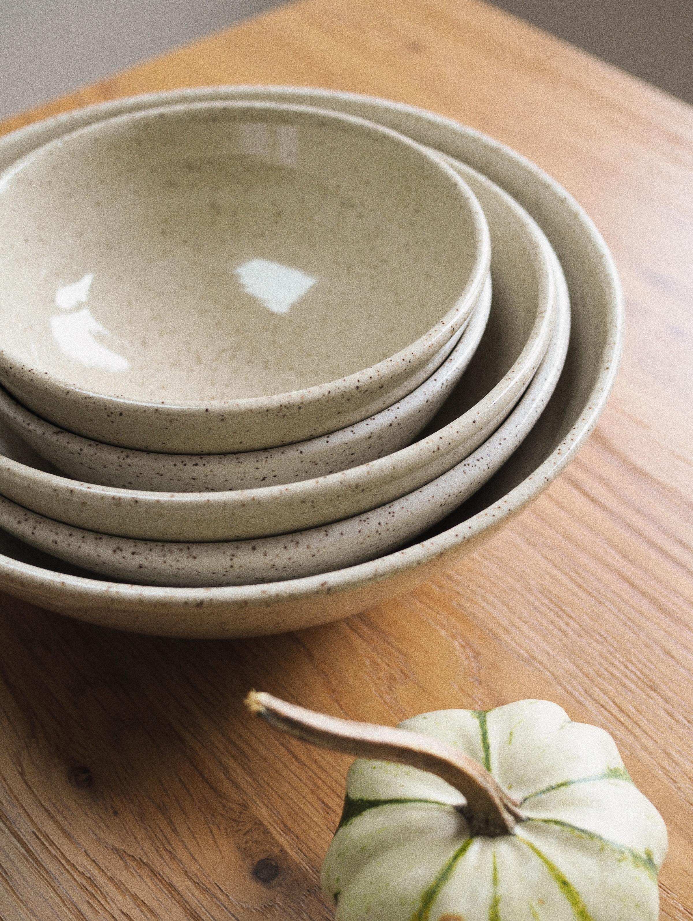 Serving Bowl in Cinnamon