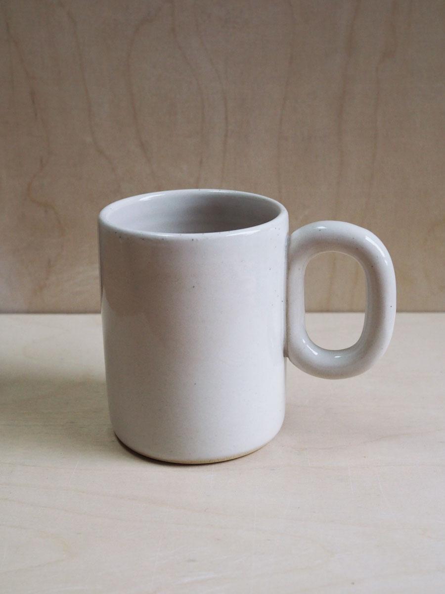 Big Chain Mug in Glossy White