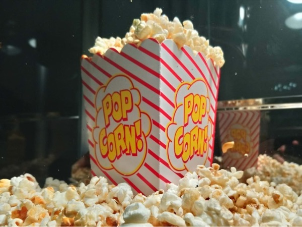 Hire our Kent Popcorn Machine Hire including Sweet, Salted, Blue Raspberry & Caramel Popcorn - Book Online Today With Your Booths Kent